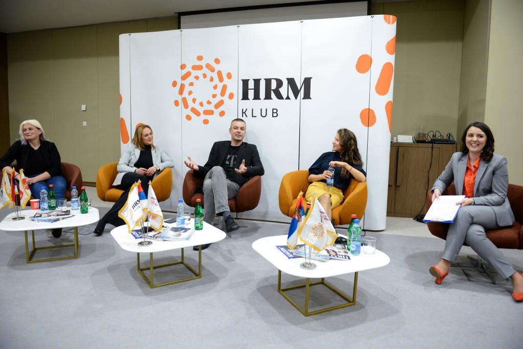 9048_6.HRM klub